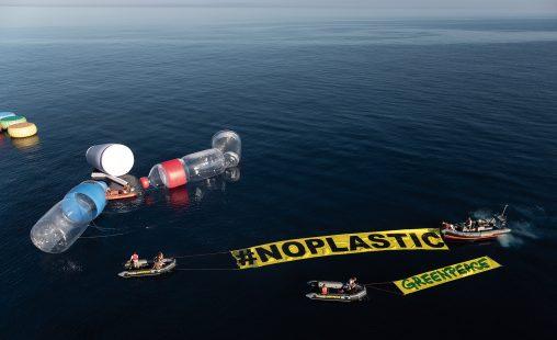 Imagen de: Mediterráneo,  sopa de plásticos