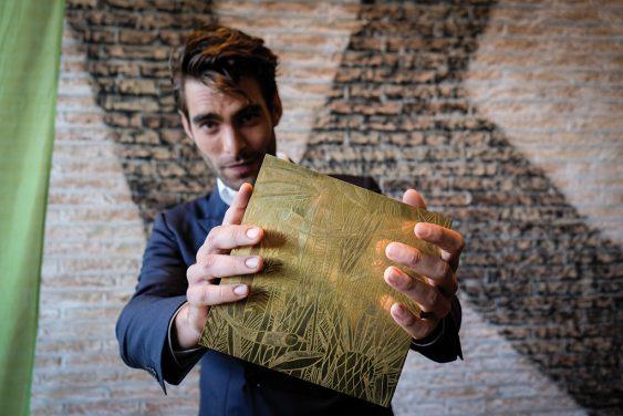 Jon Kortajarena entrega de la tercera edición premios Lurra