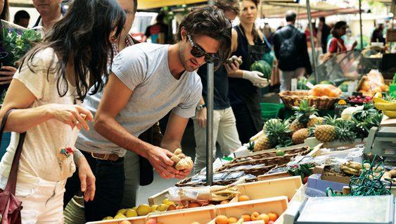 Mercado ecológico en París